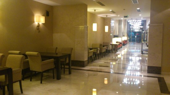 Holiday Inn Istanbul-Sisli : Lobby