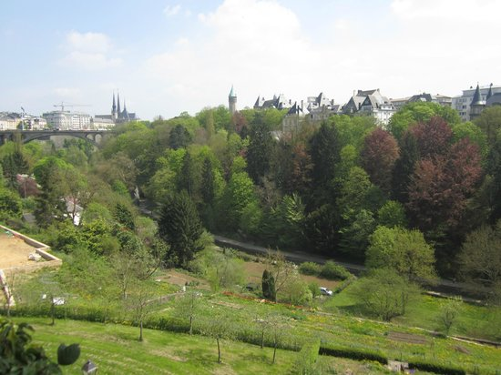 Parc Plaza Hotel Luxembourg : View from the back of the hotel