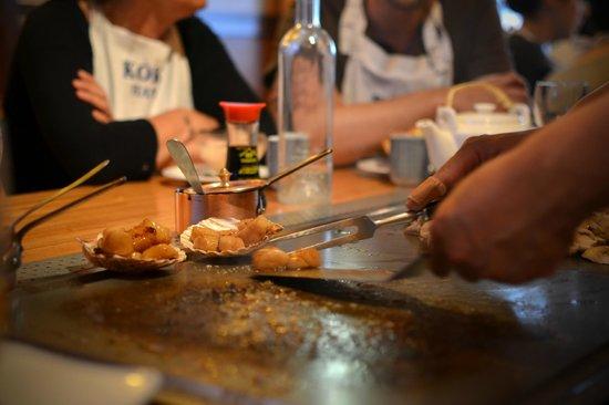 Kokohana : Préparation des saint-jacques