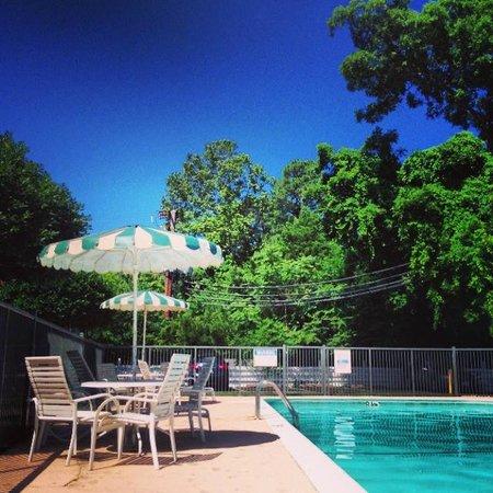 Days Inn Williamsburg Colonial Area: Pool