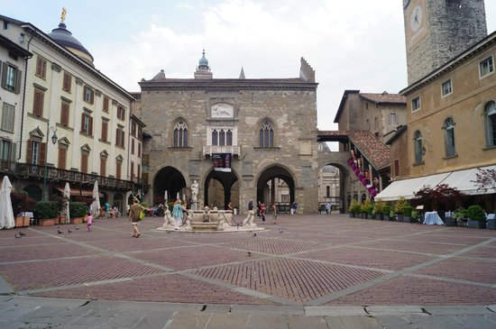 Bergamo picture of la citta alta bergamo tripadvisor for B b bergamo alta