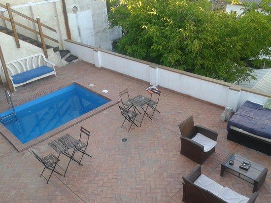 Casa Bombo: piscina e zona relax.