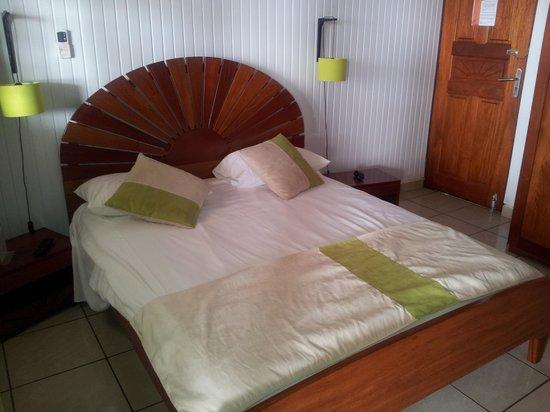 Le Soleil Levant Resort & SPA: chambre a coté reception