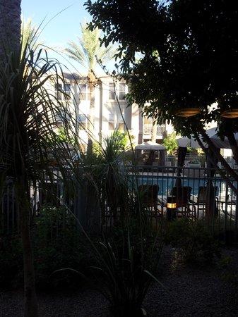 Gainey Suites Hotel : Patio view