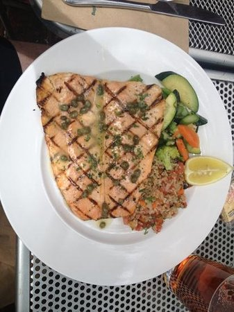 Riverside Grill: the trout lunch