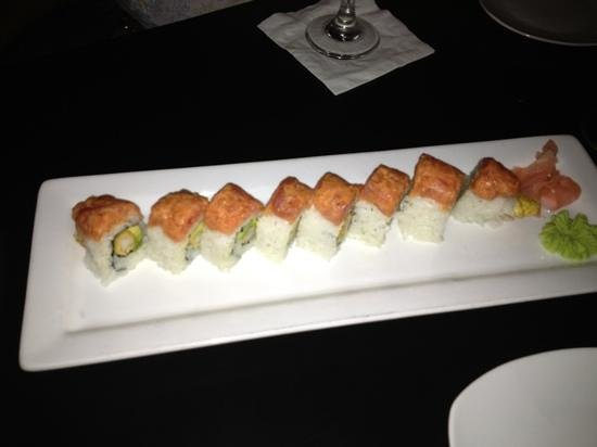 Tommy O'S Pacific Rim Bistro : And they are serving sushi now!