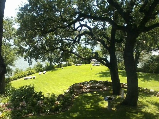 Inn on Lake Granbury: View from the upstairs bedroom of The Lake House.