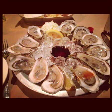 Charcoal Steakhouse: Oysters