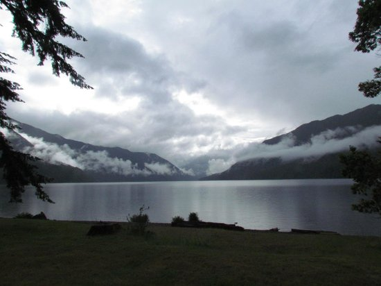 Lake Crescent Lodge: View from the hotel