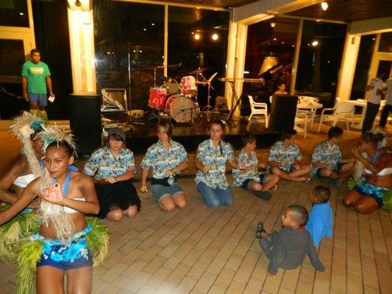 Holiday Inn Suva: Dance night in courtyard