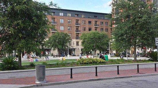 Andaz Savannah Hotel Ga Ellis Square