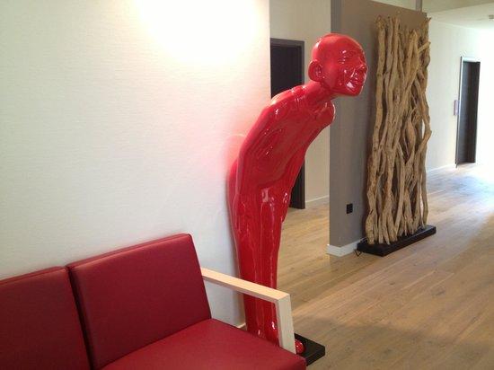 Gideon Hotel: Reception area