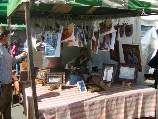 Mercado de las Pulgas de San Alejo: El inexorable tiempo de las cosas