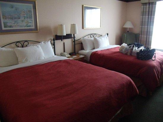 BEST WESTERN Sugar Sands Inn & Suites: our room 326