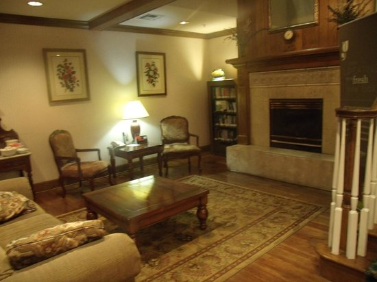 Best Western Sugar Sands Inn & Suites : seating area