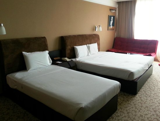 New York Hotel: Triple Deluxe Room