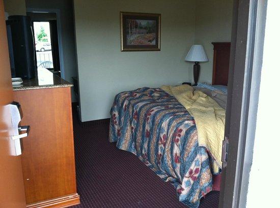 ريد رووف إن آند سويتس بيجون فورج - بارك واي: Room with sitting area