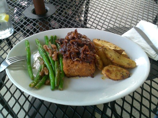 Gathering Cafe Restaurant: Meatloaf with caramelized onions, green beans w/pecans, herbed potato wedges
