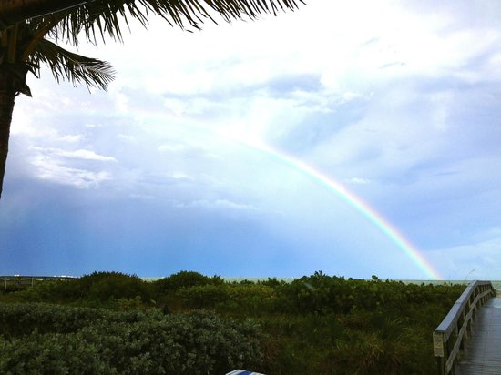 Sanibel Moorings: Rainbow over the water