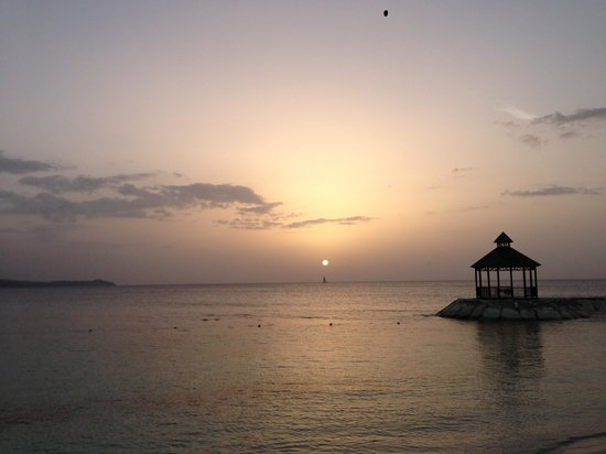 Secrets Wild Orchid Montego Bay: Sunset in Jamaica