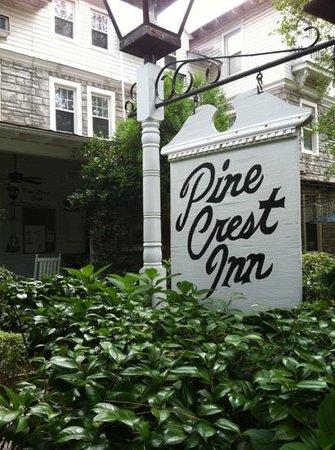 Pine Crest Inn ภาพถ่าย