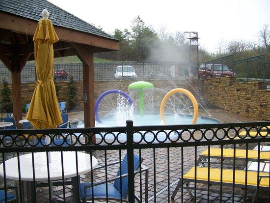 Hampton Inn Pigeon Forge: outdoor pool