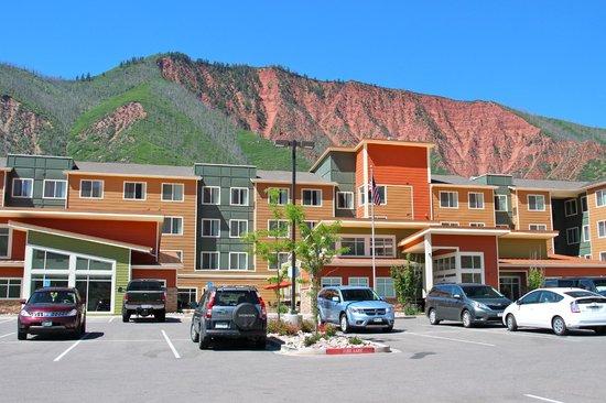 Residence Inn Glenwood Springs: Front of Hotel