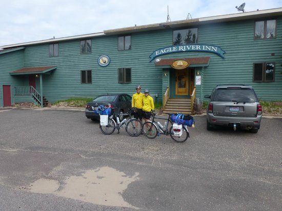 Fitzgerald's Restaurant: Pedal Bikers Welcome!