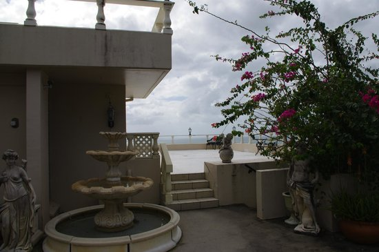 A Villa Gail : entrance