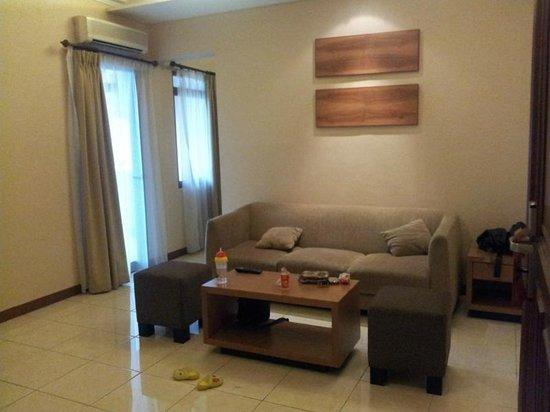 Grand Setiabudi Hotel : Living Room