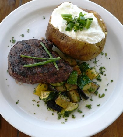 29 Palms Inn: Top Sirloin Steak
