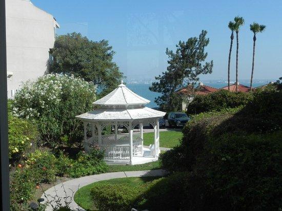Loews Coronado Bay Resort: hotel grounds