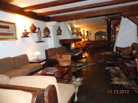 La Hacienda Miraflores: Foto del Hall desde el bar del Hotel