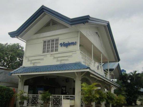 Viajeros Economy Inn : Main Facade (photo courtesy of Viajero's website)