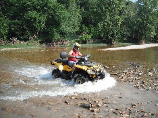 Triple-G ATV Rides: River crossing at Triple G ATV