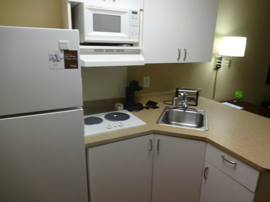 Extended Stay America - Pittsburgh - Carnegie: Very useful, especially the full size fridge!