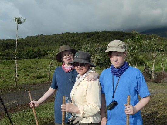 Pura Vida Tours: Arenal Volcano Hike Beginning Trail