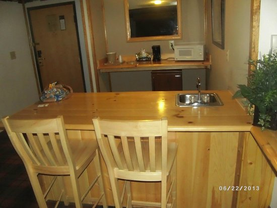 Quality Inn : Kitchenette Area