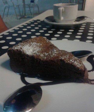 Bel-Ami Cafe Restaurante: Blando de chocolate♡