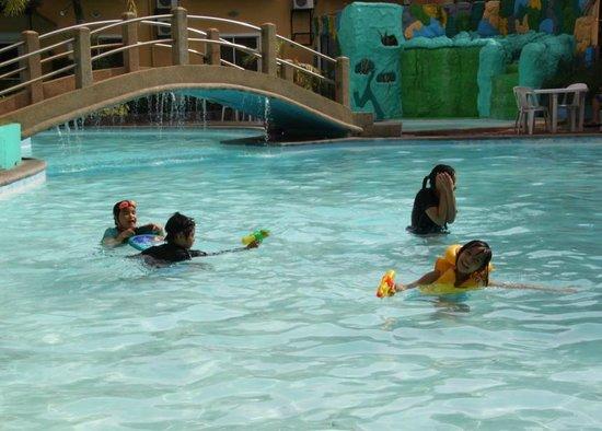 Seorabeol Grand Leisure Hotel : big pool