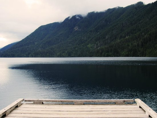 Lake Crescent Lodge: View from the pier