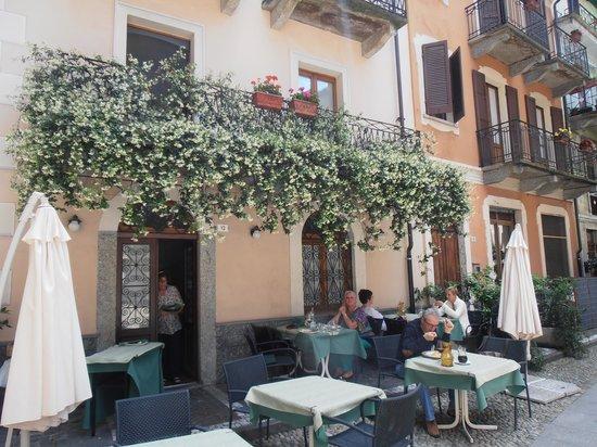 Our outside table on 24th June 2013 Bild von Da Sciolla  : da sciolla from www.tripadvisor.ch size 550 x 412 jpeg 73kB