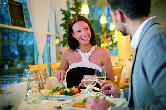 Vitalhotel Der Parktherme: Abendessen im Restaurant Fontäne in der Parktherme