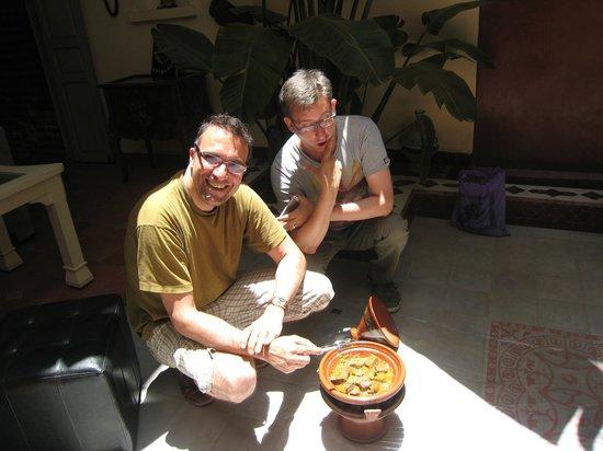 Riad Noos Noos: Alain & Martin