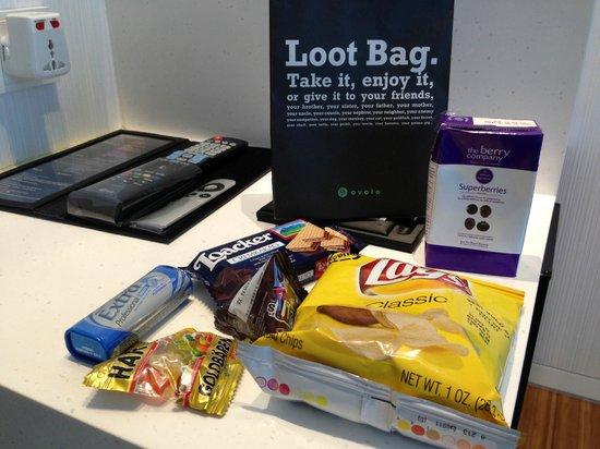 Ovolo Noho: Loot bag in the room waiting for you when you enter the room. A really nice thoughtful gift!