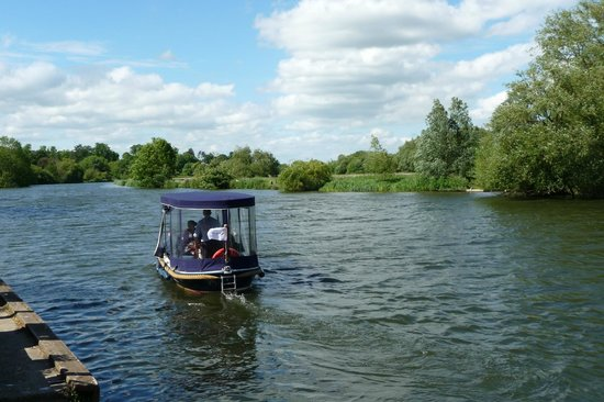 The Beetle & Wedge Boathouse: A Good day Out
