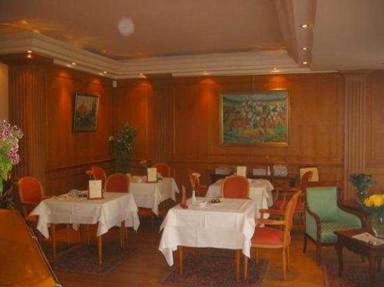Sun Riviera Hotel : Breakfast