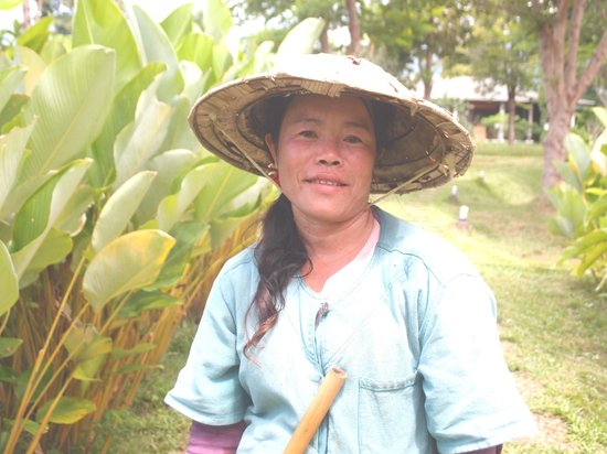 The River Resort: This lady is very hardworking too. I saw her planting the rice and gardening with the other staf
