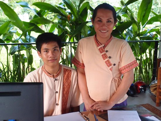 The River Resort: Friendly and helpful Office Supervisor Ms Olam and Receptionist Mr Sithinman