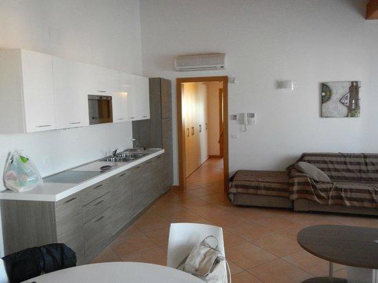 Villaggio Sant'Andrea: La cucina/salone